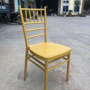 ghế chiavari màu vàng Gold