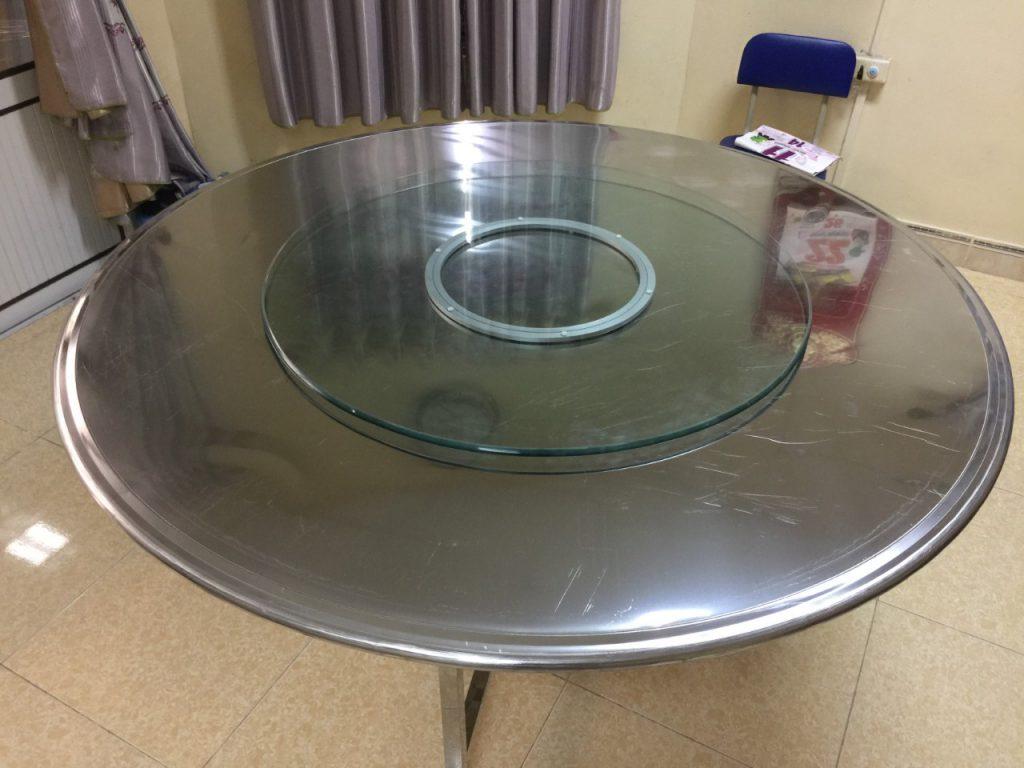 bàn tròn inox 1m5